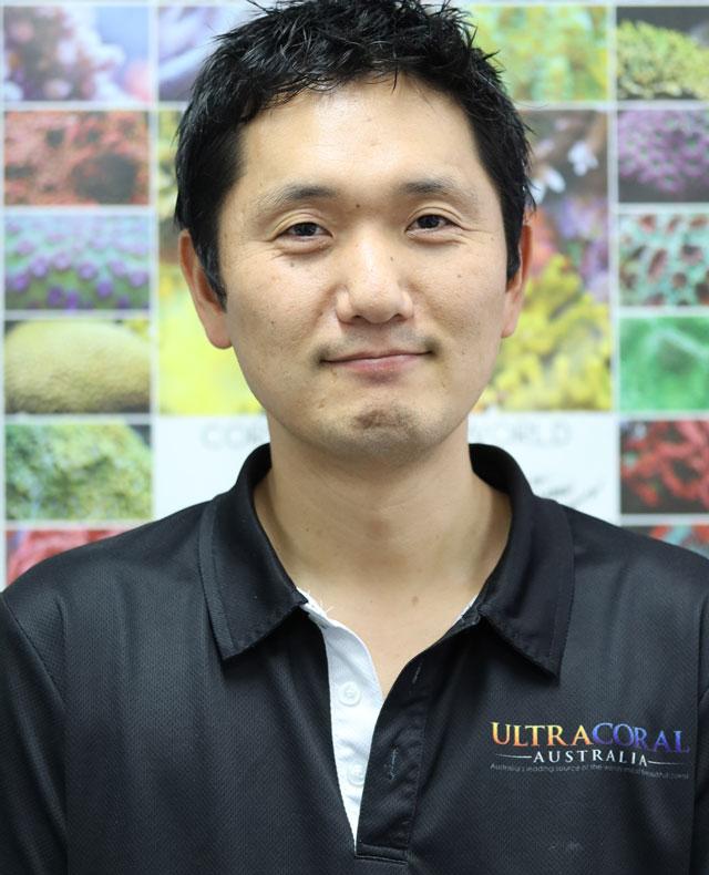 Yoshi Fujisawa
